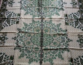 Gypsy tablecloth. Green blanket  Gypsy Bedspread  Vintage Coverlet Vintage Silk Bedspread. silk bedding. Silky  fabric. home decor. blanket.