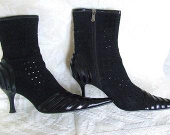SALE Vintage Black Boots,size 38  Leather Boots   1990s  Women's Boots Shoes  Leather Boots Leather Booties  . Suede Boots