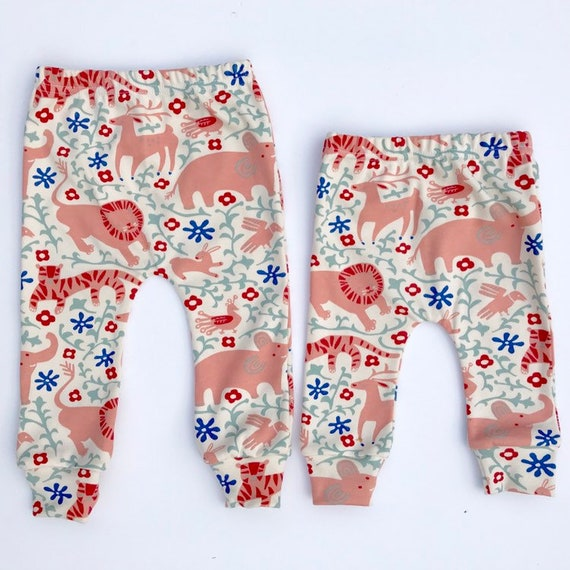 "Eddie & Bee organic cotton leggings in Cream ""Hidden flower field "" print."