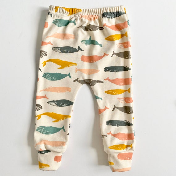 "Eddie & Bee organic cotton leggings in Pastel multicolour  ""Whale Pod "" print."