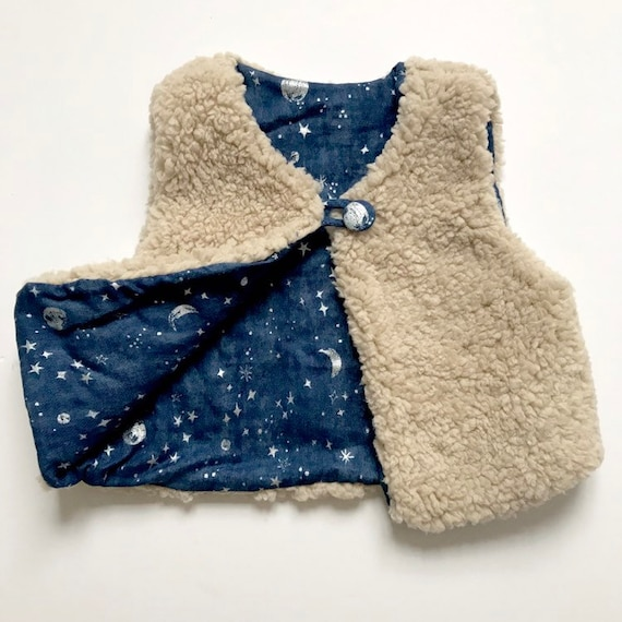 """Reversible fleecy gilet lined with japanese cotton double gauze in Royal Blue  """"Silver Interstella """" print."""
