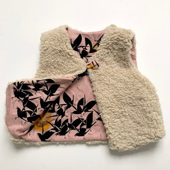 "Reversible fleecy gilet lined with organic  cotton bark cloth in Pink  ""Owl at dusk "" print."