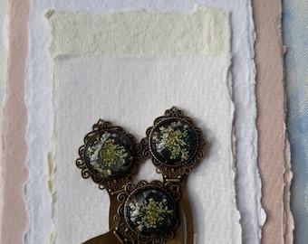 Handmade Vintage Bookmark Pressed Flower Bookmark Queen Anne's Lace Bookmark Dried Flower bookmark