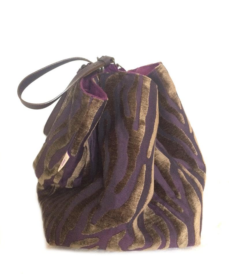 size Medium Tote bag reversible unique piece leather double-sided Bold velvet linen
