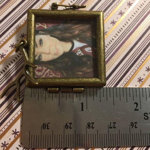 Suzy Berhow Locket With Antler Charm Mortemer Game Grumps Youtube Youtuber Fandom Merch Jewelry Necklace Arin Hanson Steam Train