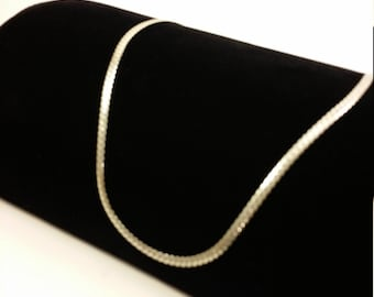 Fabulous Vintage Sterling Silver .925 Necklace