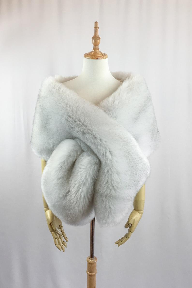 afa056faaaa7d light gray fur shawl, Silver fur bridal wrap, Wedding Fur shrug, faux Fur  Wrap, Bridal Faux Fur Stole Fur Shawl Cape (Lilian LGry01)