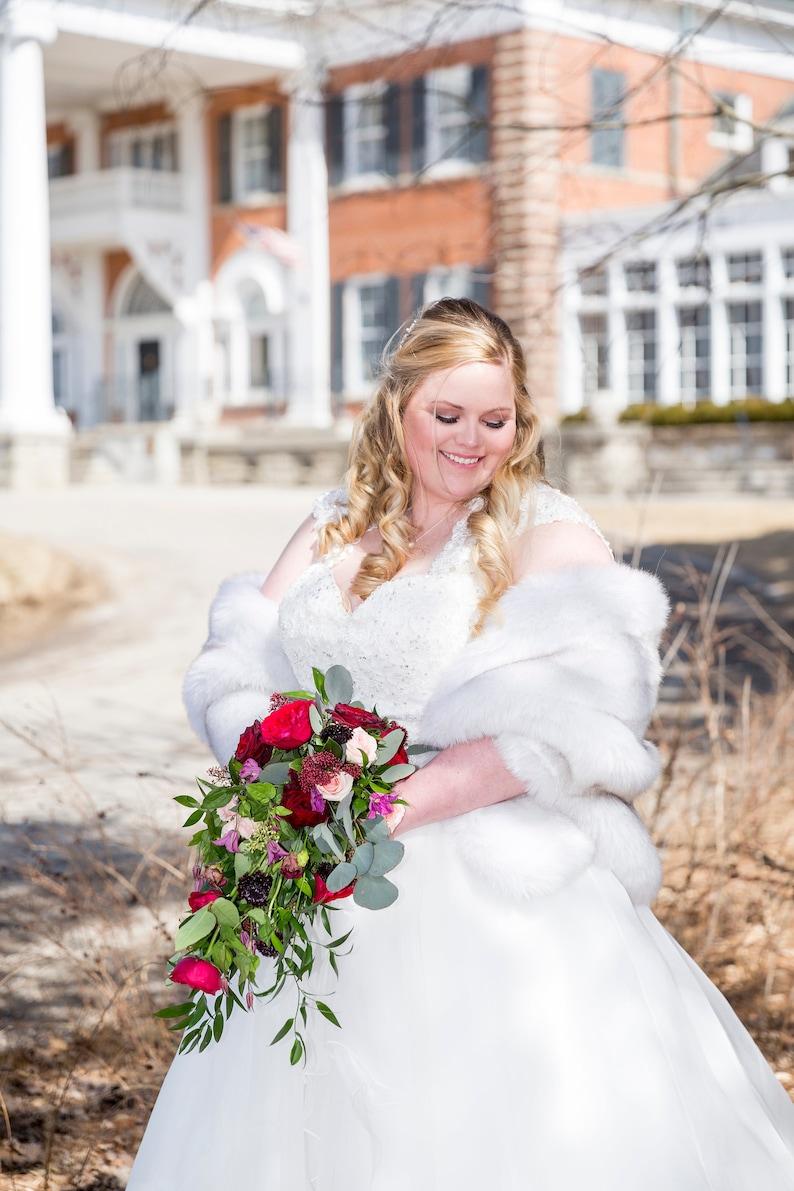 0eb3bbba6b75d Light Gray faux fur bridal wrap, Wedding Fur shrug,Bridal Faux Fur Stole  Fur Shawl Cape, wedding faux fur wrap (Butterfly LGry01)
