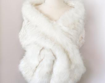 Ivory Faux Fur Bridal Wrap, Wedding Fur Shawl, Ivory Fur Wrap, Bridal Faux FurStole, Cape (Lilian Wht03)