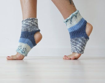 Flip Flop Socks, Yoga Socks, Yoga Gift, Ankle Warmers, Spa Gift, Spa Socks, Toeless Pilates Socks, Spa Accessories, Grip Socks, Leg Warmers