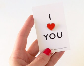 "Pin ""I LOVE YOU"""
