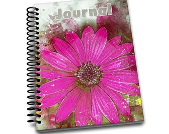 Vibrant Daisy / 150 Lined Journal Pages / Notebook / Diary / 6 x9