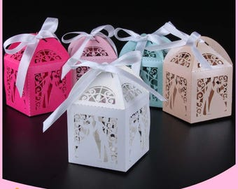 Love 50pcs Laser Cut bride and groom Wedding Favor Box candy box gift box decoration mariage wedding party supplies(customized color、name