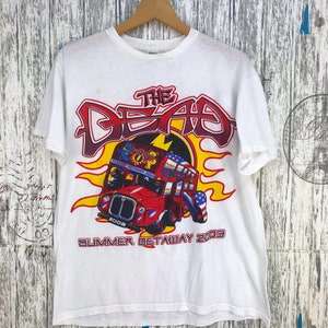 Vintage 80/'s The Beatles Strawberry Fields Forever T-shirt Rare Pop Hard Rock and Roll Band Promo Concert Tour Album Merchandise Black Tee