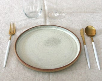 Ceramic Dinner Plate with Red clay - Matte White