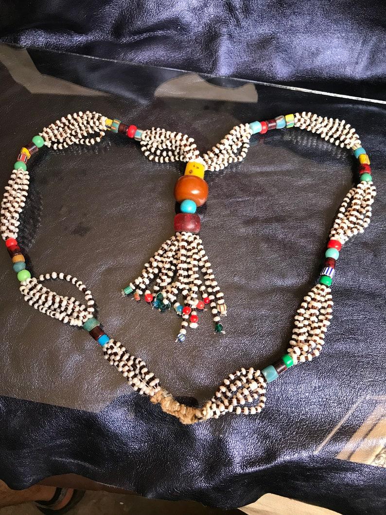 ancienne collier Superbe perle rocaille mauritanien et collier d\u2019ambre V\u00e9ritable