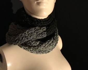 Black and grey scarf.