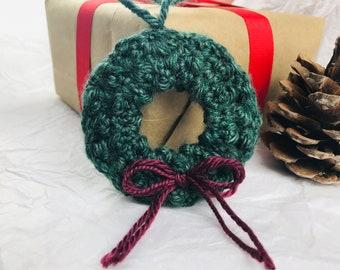 Crochet Wreath Ornament Pattern - Christmas Wreath Ornament, Crochet Christmas Ornaments, Christmas Decorations, PDF Digital Download