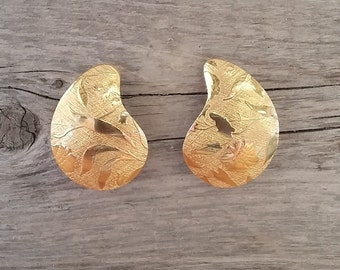 Golden Leaves Earring-Vintage Gold Leaf-Gold Leaves-Pressed Gold Earrings-Unique Gold-Free Shipping