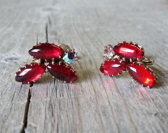 Vintage Ruby Carbochon and Rhinestone Earrings-Red Carbochon Earring-Aurora Borealis Rhinestone Screw Back
