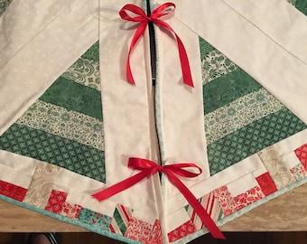 """Custom, Embroidered Christmas Tree Skirt large 43"""" diameter, Snowflake Tree Skirt"""