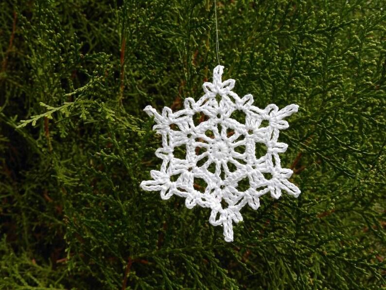 Regali Di Natale Alluncinetto.Crochetet Snowflakes 3 Pollici Decorazione Di Natale Albero Di Natale Decor Regali Di Natale Mano All Uncinetto Centrini Cotone Fiocco Di Neve