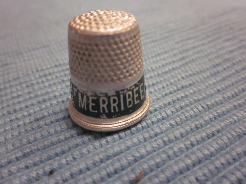 Vintage Advertising Thimble