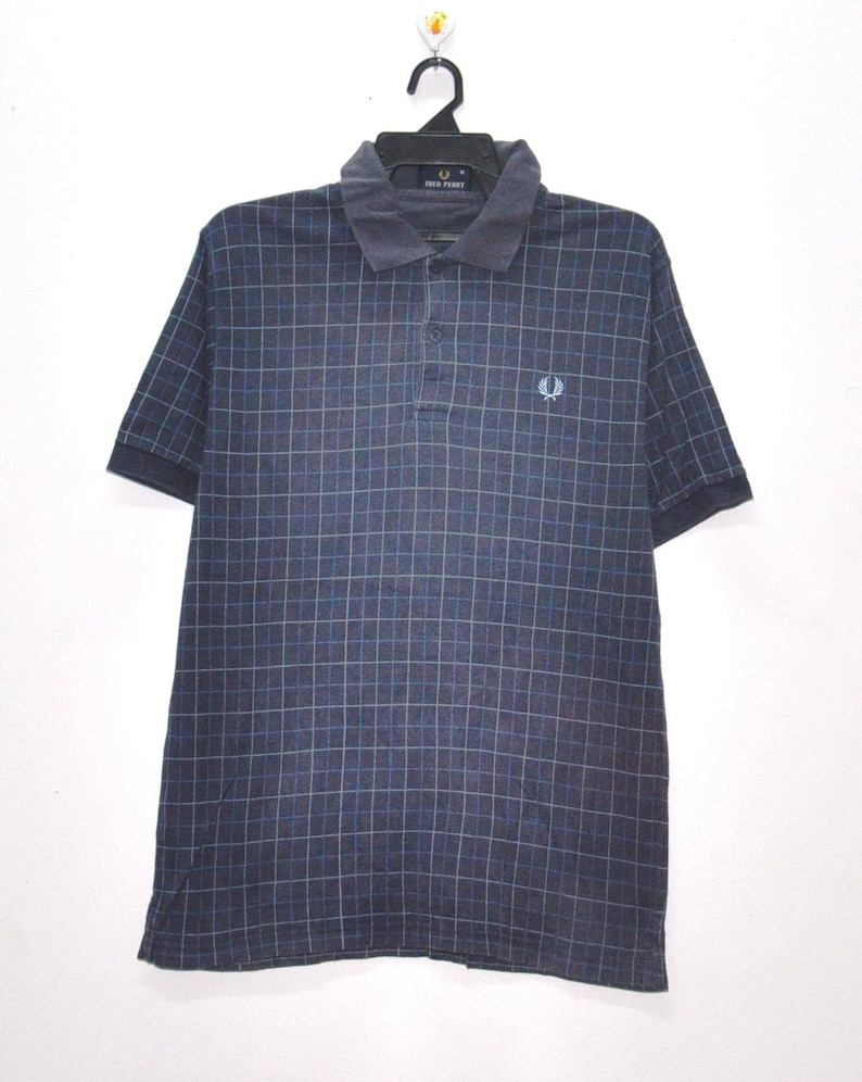 efe9e14f36e9f Vintage FRED PERRY England Polo Button Shirt Casual Street wear Fred Perry  Black Shirt Size Medium
