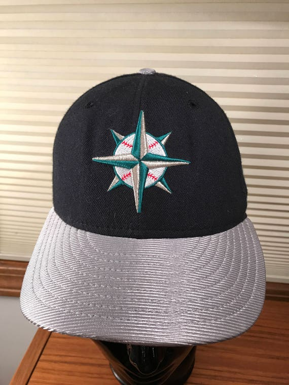 Vintage Seattle Mariners Fitted Hat New Era Pro Model Size 7  5d92f867800d