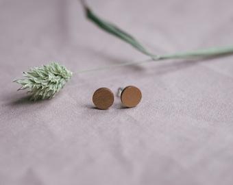 "Studs ""circle"" in copper, jewelry in wood"