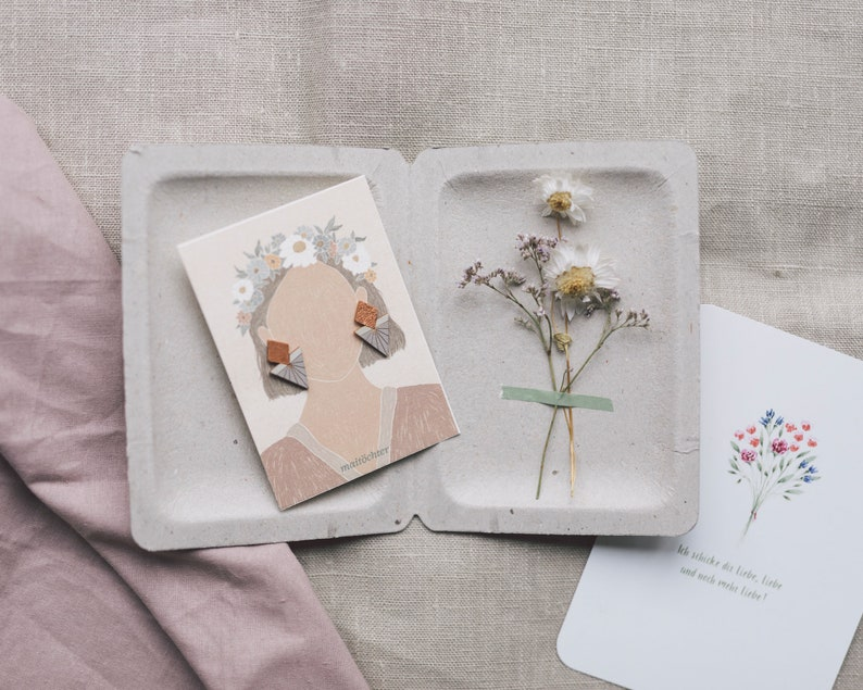 Gift set of stud earrings dried flowers and postcard jewelry image 0
