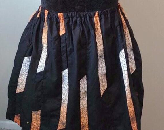 D-4109 Spooky black skirt.