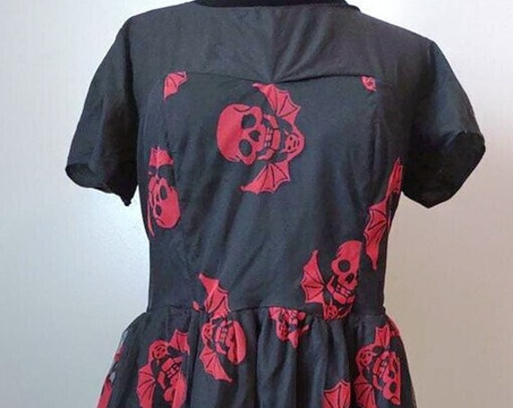 D-4117 Spooky red skull dress
