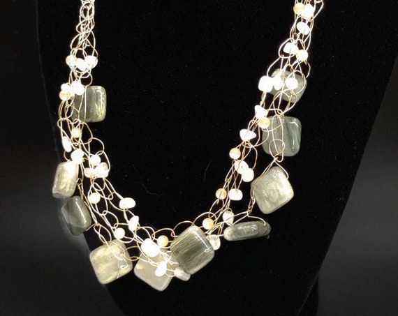 N-1649  Crochet Wire Necklace with Stone