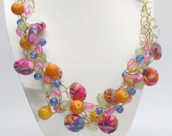 N-1632 Handcrafted crochet wire necklace
