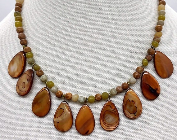N-1615 Handcrafted Stone and Shell Necklace