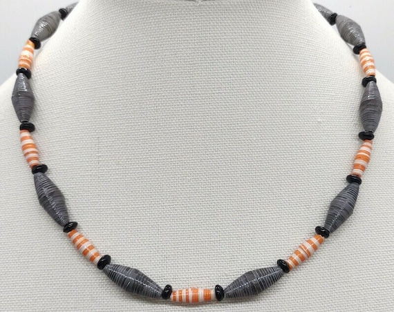 N-1662 Paper Beaded Necklace