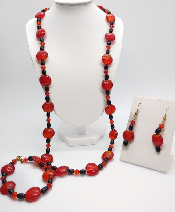 Handcrafted glass bead necklace set