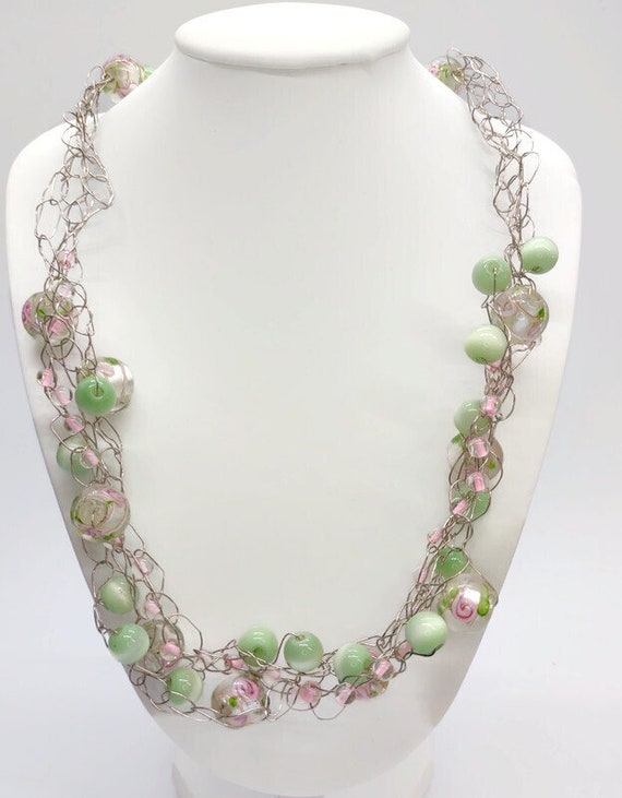 N-1511  Crochet Wire Necklace with Beads