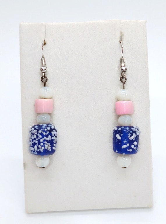 E-1532 Blue with white spotted earrings