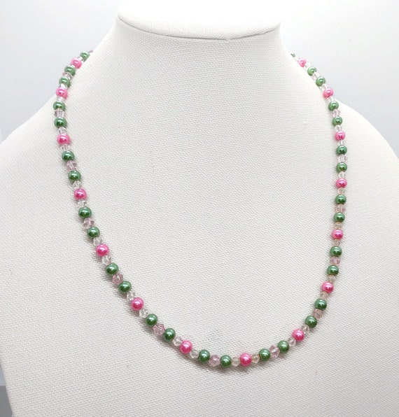 N-1665 Pink and Green Pearl Necklace