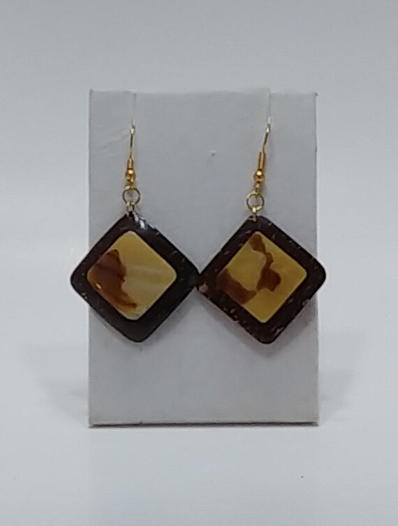 E-1507 Brown Coconut Shell Earrings