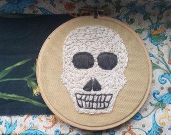 Puritan Skull || embroidery skull puritan gravestone memento mori