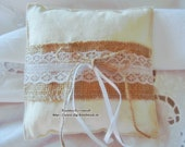 Vintage Ring pillow with ...