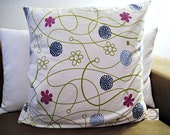 Pillowcase with hotel clo...