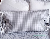 Pillow with inner cushion, checkered pillow case with decorative seams and loop binding, 65 x 40 cm, cotton, grey white