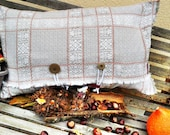 Rustic pillow case in cou...