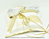 "romantic ring cushion, polyester ring carrier cushion, 23 cm x 23 cm - 9"" x 9"","