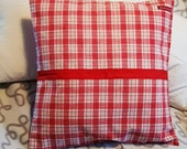 """red-white-checked country house pillow case made of vintage farm bedding, 50 x 50 cm, 19.7x19.7"""","""