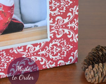 Christmas Picture Frame | Wood and Decorative Paper